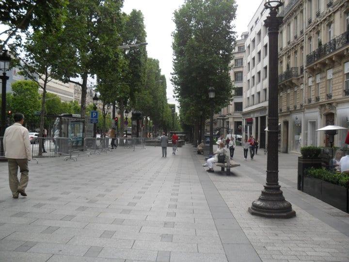 Avenue des champs lys es ifp pavage le pavage cr atif - Comptoir des cotonniers champs elysees ...